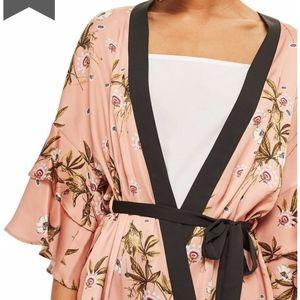 Top Shop Penel Frill Floral Kimono